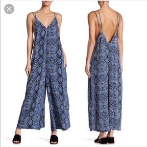 Snakeskin jumpsuit in blue Free People size Small